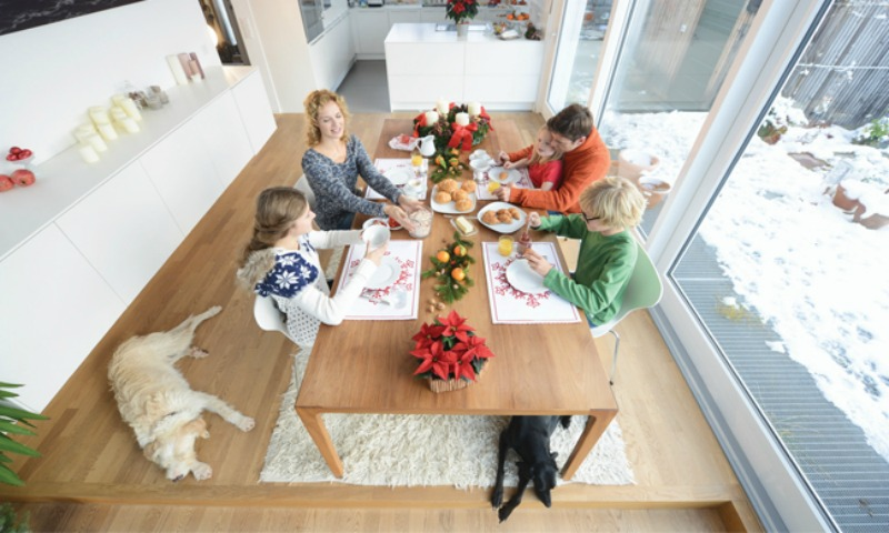 Make Mealtime Meaningful for Families and Furry Friends