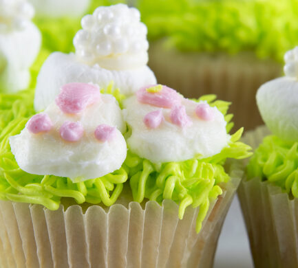 Create a Sweet Easter Treat: Bunny Butt Cupcakes Recipe + Video